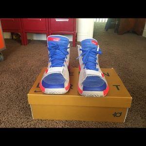 KD trey iii sneakers